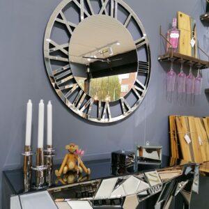 Spejlmøbel i det fineste kvalitet